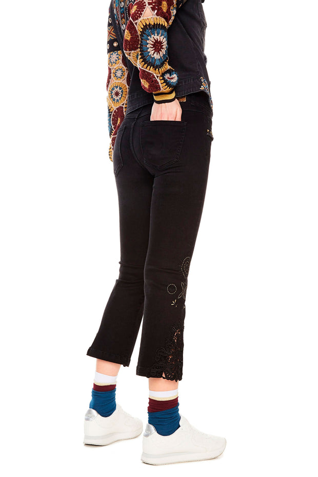 Desigual - Sylvette Flare Jeans in Black (18SWDD47)
