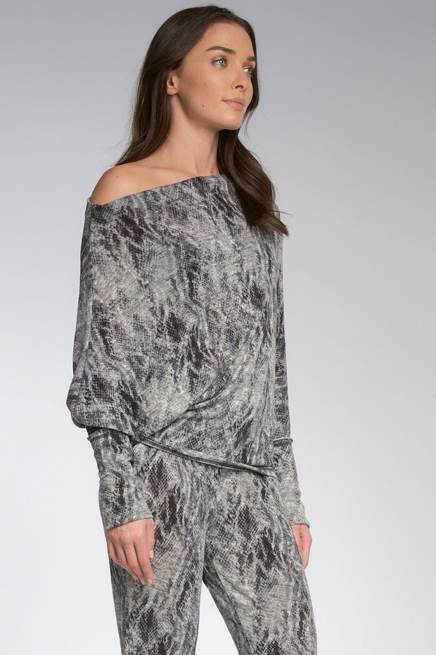Off-shoulder Print Top in Slate