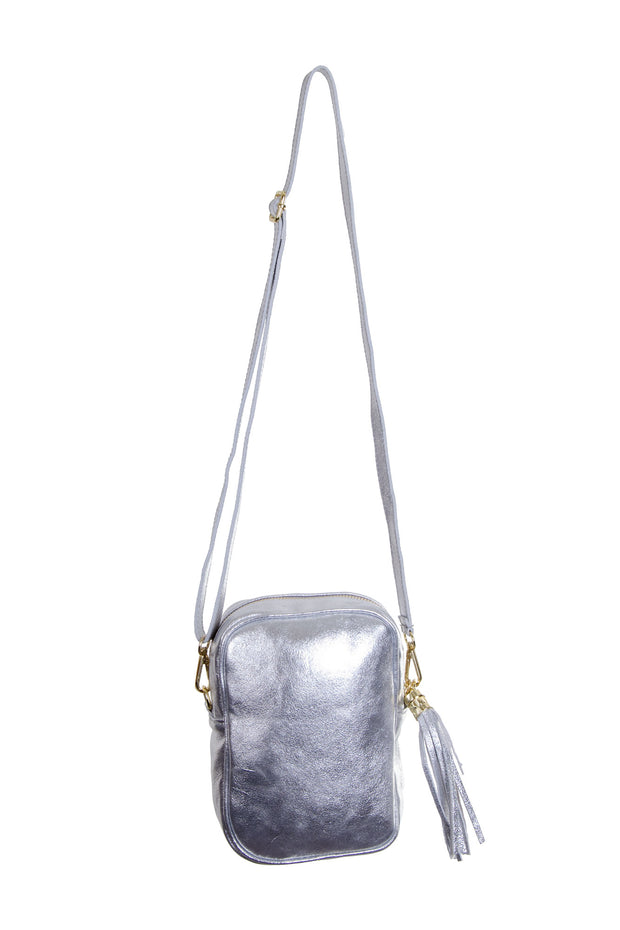 Jijou Capri - Misa Metallic Leather Bag in Silver (Misa)