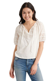 Lucky Brand - Embroidered Cut Out Peasant Top in Bright White (7W65028)