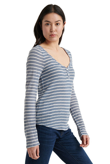 Lucky Brand - Striped Henley in Blue/white (7W64835)