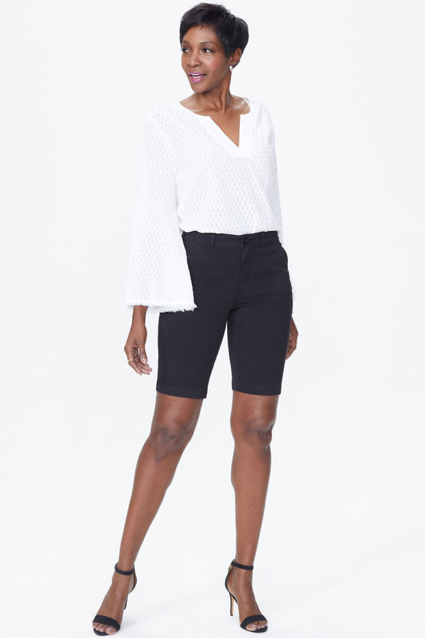 NYDJ - Twill Bermuda Shorts in Black (MAQY3766)
