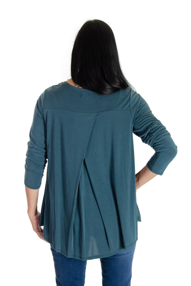 Long-sleeve V-neck in Moss