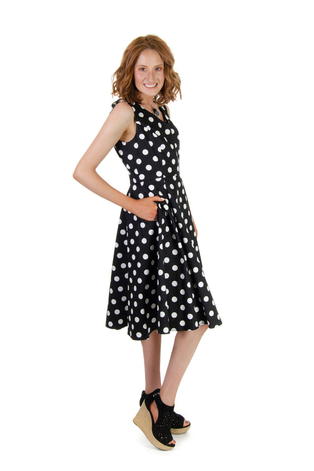 Eva Rose - Polka Dot Sleeveless Dress in Black/white (3915)