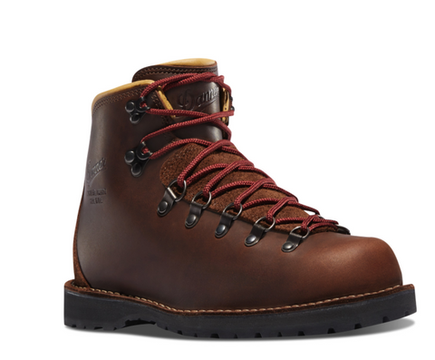 Danner MOUNTAIN PASS MINKE OIL Boots 5 inches heigh dark brown with red/orange laces gold interior