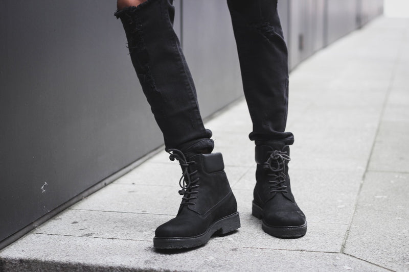 Lace-up Boot - Black - Lordya