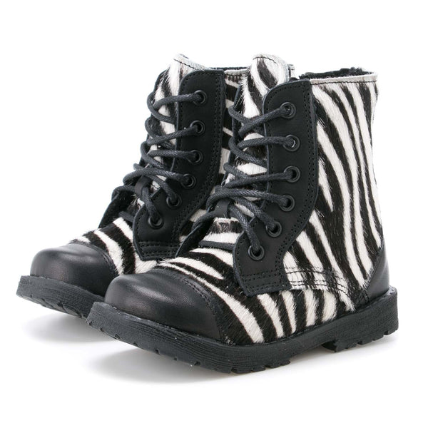 emel beginner winter boot zebra