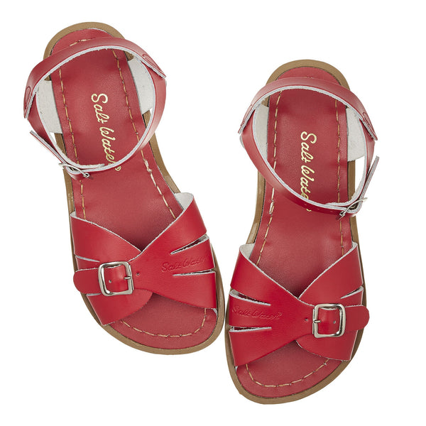 saltwater sandals classic child red - little pearls by shoe chou