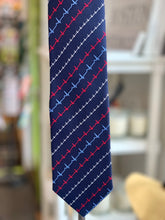 "Load image into Gallery viewer, 100% Silk Tie ""Heartbeat"""