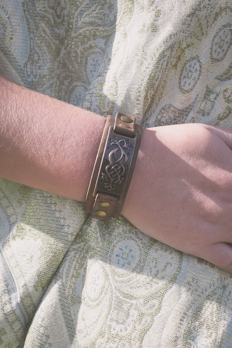 Bracelet - Southern Comfort - Brown Leather Metal Plate Strap
