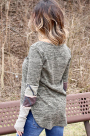 No Questions - Long Sleeve Light Sweater - Olive