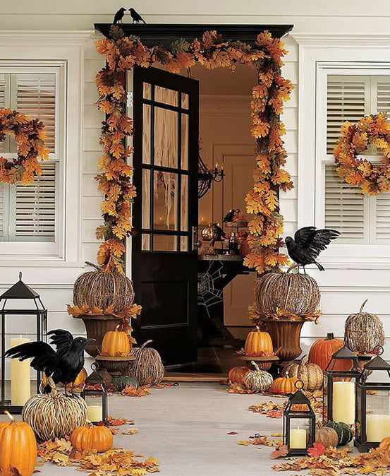 halloween-decor-front-porch-1
