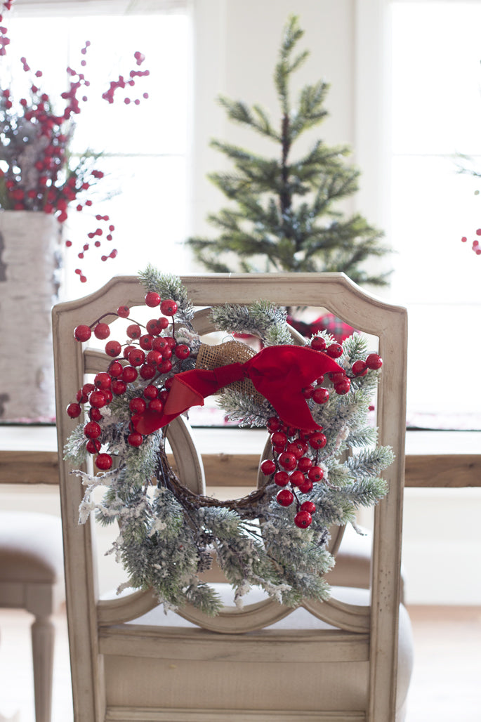 holiday-wreath-back-of-chair