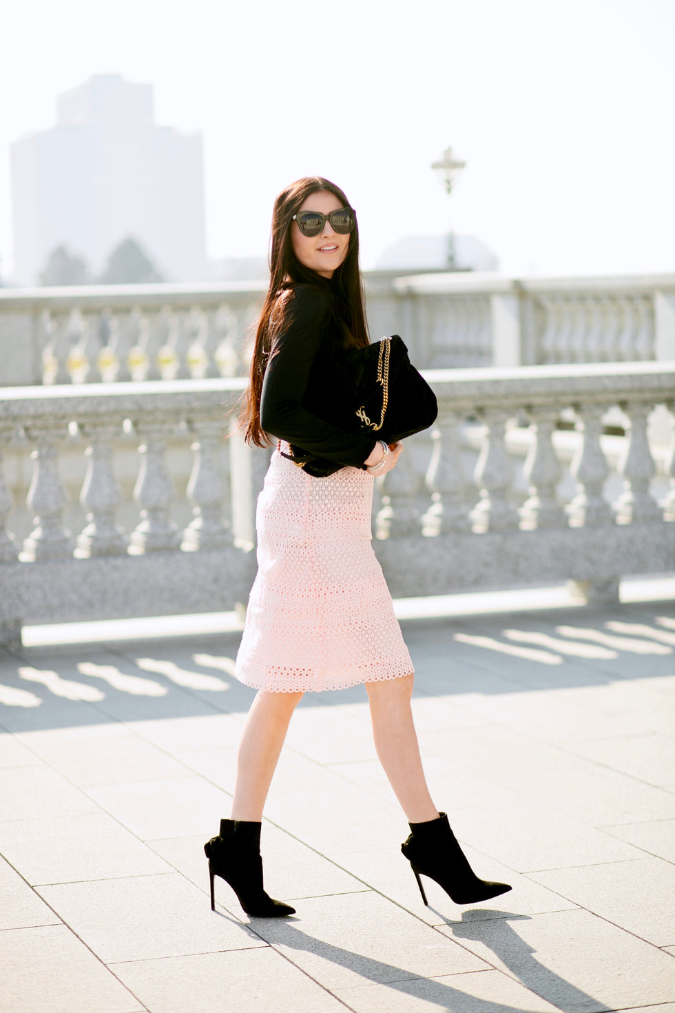 pink-lace-skirt-rachel-parcell-clothing-line - 2