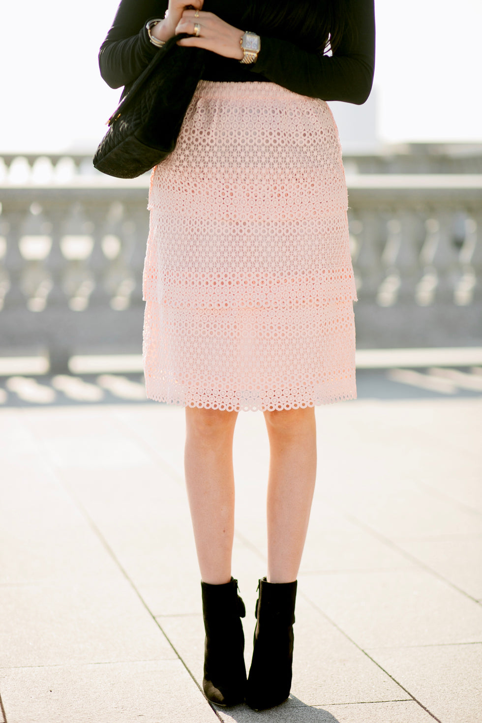 pink-lace-skirt-rachel-parcell-clothing-line - 5