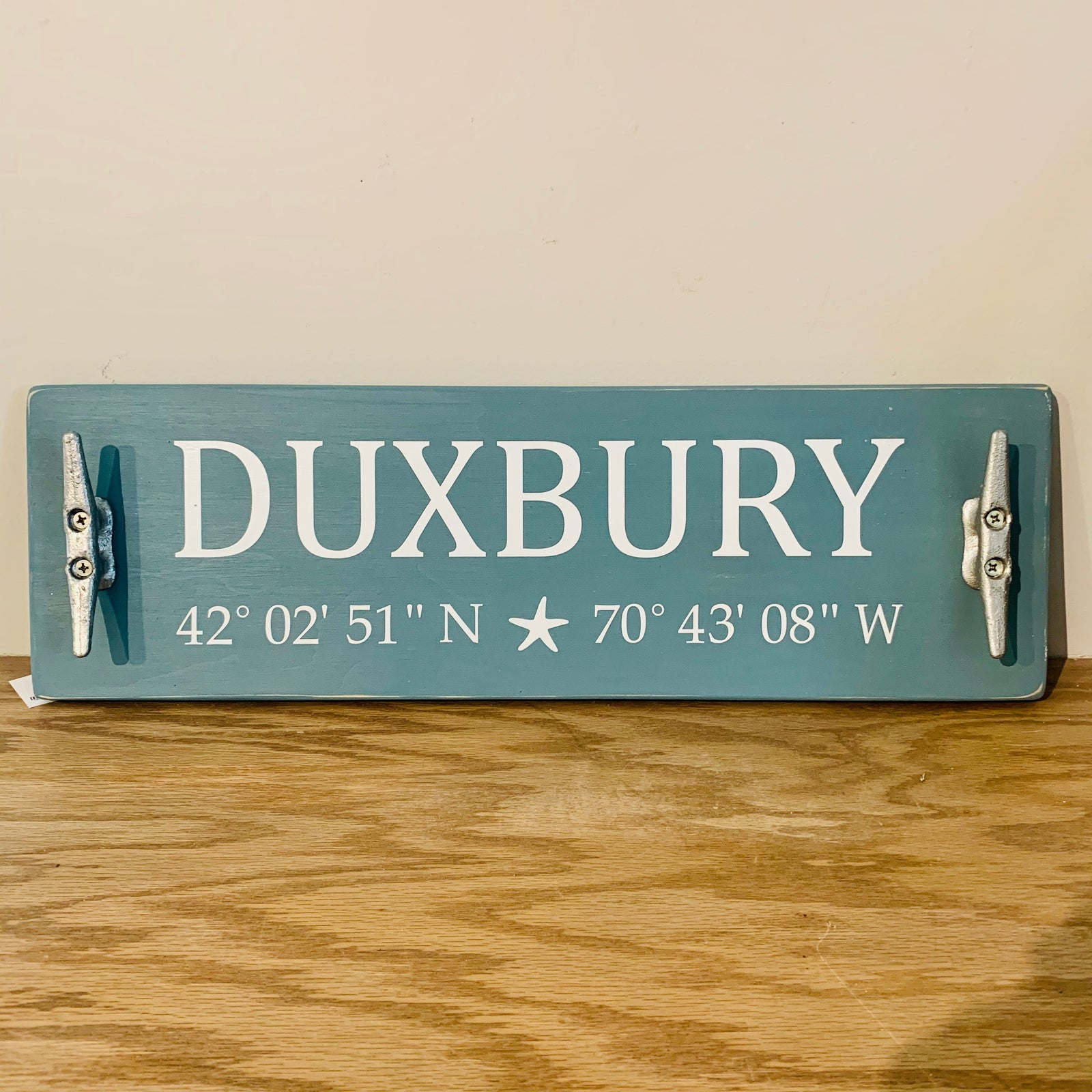 Duxbury boat cleat signs