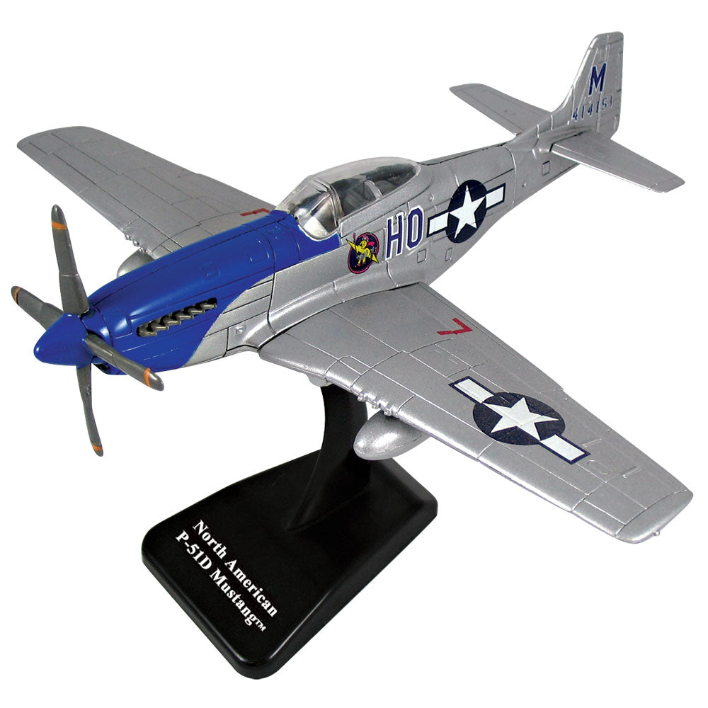 This P-51 Mustang InAir E-Z Build model kit features authentic markings and a educational collector's card! It includes everything needed for assembly and can be easily assembled in about 10 minutes. Includes display stand It features retractable landing gear Officially licensed Boeing airplane model