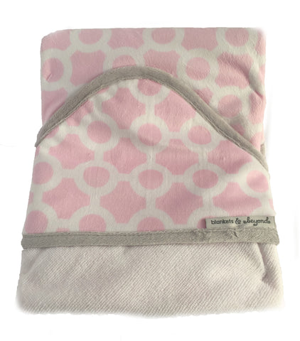 Hooded Towel - Baby Girl Pink/White Pattern