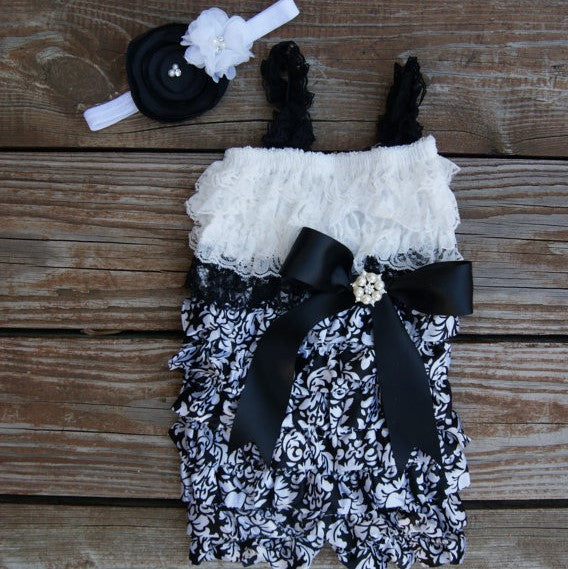 Black and White Baby Outfit. Damask Baby Outfit. Romper