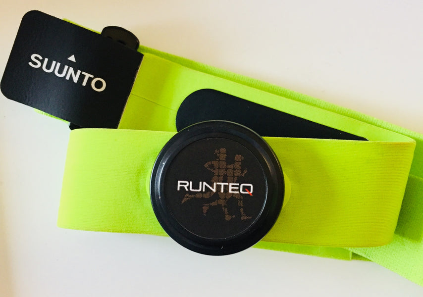 RUNTEQ's new sensor keeps track of heart rate and running technique and is the foundation for a personal running coach AI-based cloud service