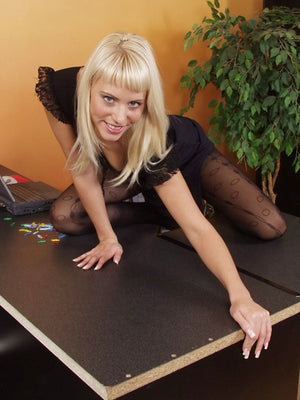 Katie (Woman Home Alone) Domme