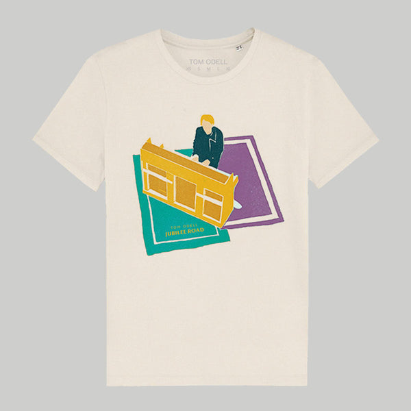 TOM AT PIANO NATURAL T-SHIRT