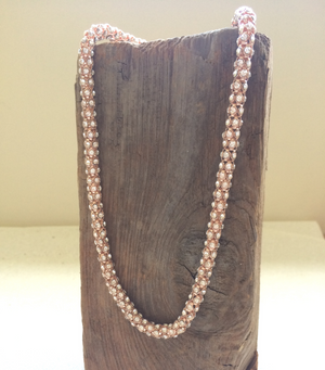 Rose Stone Set Necklace