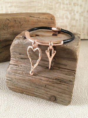 Double heart rose cord bracelet