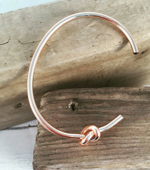 Side Knot Bangle - Rose