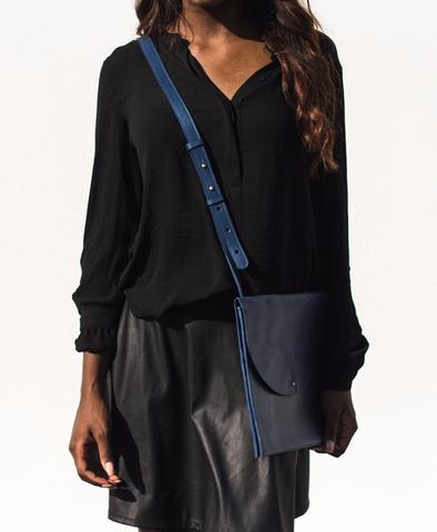 Large Crossbody -blue