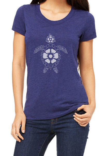 Women's Beach Turtle Short Sleeved T-Shirt