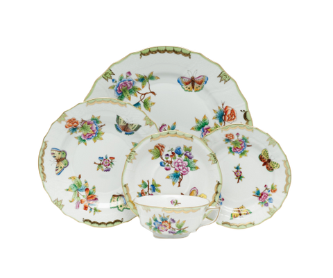 Queen Victoria Green Dinnerware