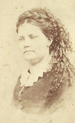 CDV PHOTO VICTORIAN WOMAN WITH BEAUTIFUL LONG CURLS IN HAIR