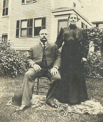 CABINET PHOTO OLDER VICTORIAN HUSBAND & WIFE POSING OUTDOORS IN FRONT OF HOME - Back from the dead antiques
