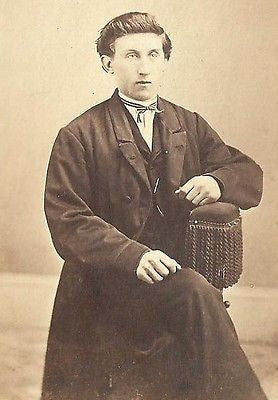 CDV PHOTO HANDSOME SHARP DRESSED GENTLEMAN ID'D R.B. BELL OHIO CIVIL WAR ERA - Back from the dead antiques