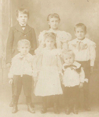 CABINET PHOTO CHARMING GROUP OF YOUNG CHILDREN 4 BROTHERS & 2 SISTERS - Back from the dead antiques