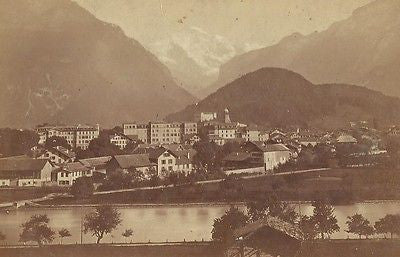 CABINET PHOTO BEAUTIFUL OUTDOOR TOWN VIEW INTERLAKEN SWITZERLAND 1880'S - Back from the dead antiques