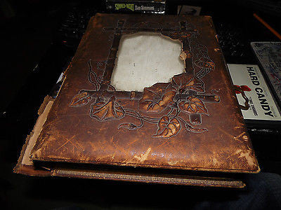 ANTIQUE VICTORIAN PHOTO ALBUM GLASS FRONT HOLDS 14 CABINET PHOTOS & 113 CDV - Back from the dead antiques
