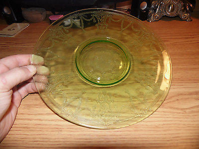 VINTAGE ANCHOR HOCKIGN GREEN DEPRESSION GLASS CAMEO BAILERINA SANDWICH PLATE