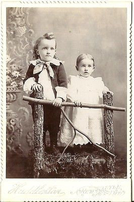 CABINET PHOTO 2 ADORABEL YOUNG CHILDREN BROTHER FINELY DRESSED NEW CASTLE IND
