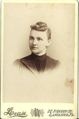 CABINET PHOTO LOVELY YOUNG WOMAN POSIGN LANCASTER PA - Back from the dead antiques