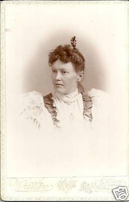 ANTIQUE VICTORIAN CABINET PHOTO WOMAN POSING ELMIRA NY - Back from the dead antiques