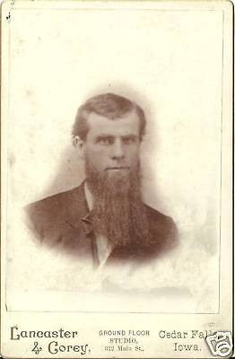 CABINET PHOTO GENTLEMAN WITH HUGE SCRUFFY LONG BEARD - Back from the dead antiques