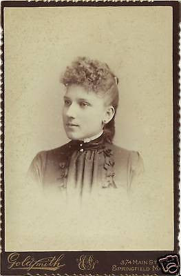 CABINET PHOTO BEAUTIFUL YOUNG GIRL CURLED HAIR mass - Back from the dead antiques