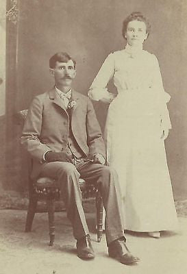 CABINET PHOTO DAPPER HUSBAND & LOVELY WIFE POSING - Back from the dead antiques
