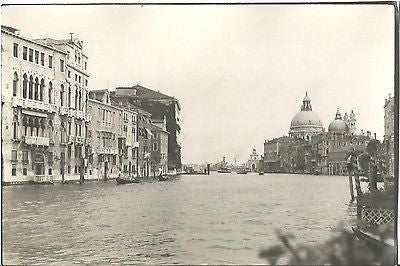 ANTIQUE PHOTO CITYSCAPE ARCHITECTURE BUILDINGS GONDOLA BOATS ITALY - Back from the dead antiques