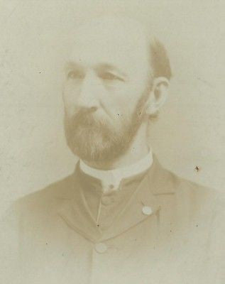 CABINET PHOTO GENTLEMAN TRIMMED BEARD PRIEST?? YORK PA - Back from the dead antiques