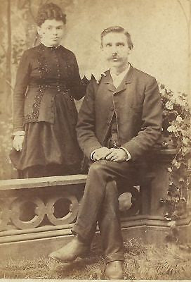 CABINET PHOTO  FASHIONABLE VICTORIAN COUPLE STEELTON PA - Back from the dead antiques