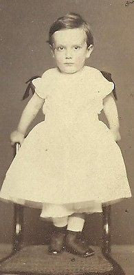 CDV PHOTO LITTLE VICTORIAN BOY TINTED CHEEK DRESSED LIKE LITTLE GIRL CIVIL WAR - Back from the dead antiques