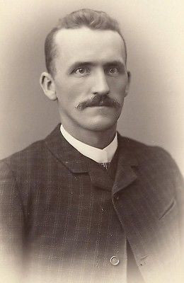 CABINET PHOTO VICTORIAN GENTLEMAN NICE THICK MUSTACHE ROCHESTER NY - Back from the dead antiques